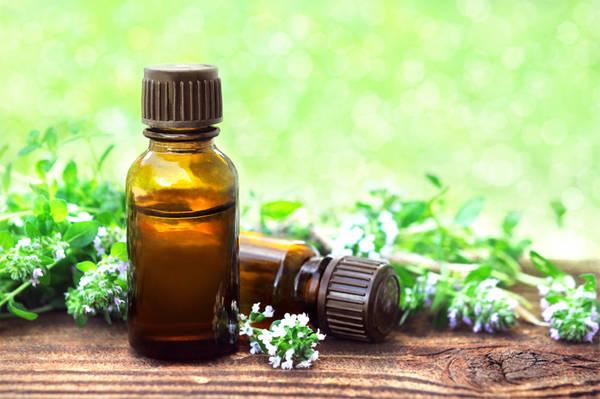 huile essentielle de clou de girofle